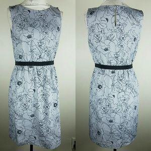 Ann Taylor LOFT Gray Black Floral Dress Size Small